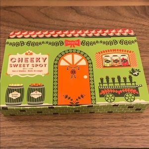 Benefit Cheeky Sweet Spot blush pallet